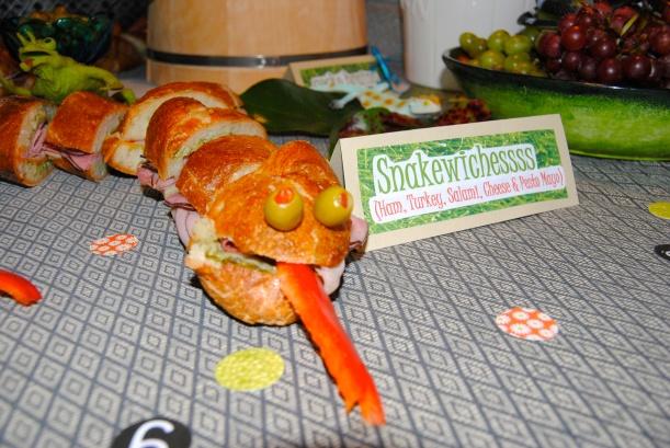 Snake Sandwiches = Snakewichesss